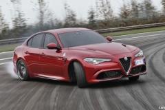 Alfa-Romeo-5-Series-Rival-12