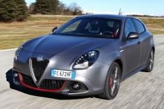 Alfa-Romeo-5-Series-Rival-16