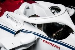 Alfa-Romeo-Sauber-C37-4