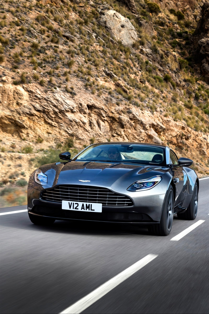 Aston Martin Db11 Hd Wallpapers Background Images Photos Pictures Yl Computing