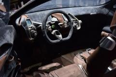 Aston-Martin-DBX-17