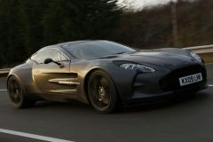 Aston-Martin-One-77-44