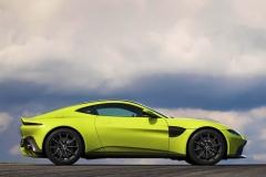 Aston-Martin-26