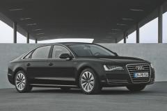 Audi-A8-TFSI-E-27