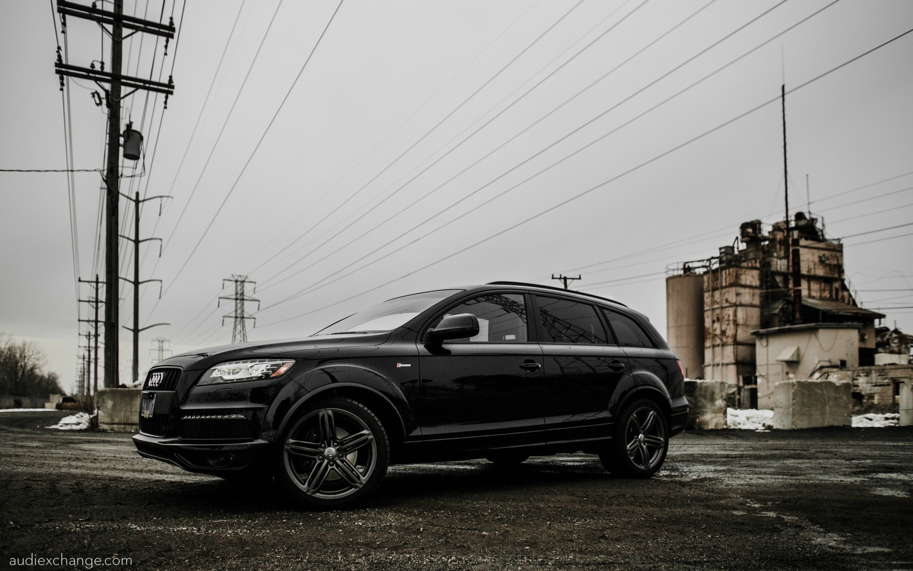 Audi Q7 Hd Wallpapers Background Images Photos