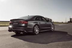 Audi-S8-40