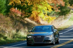 Audi-S8-41