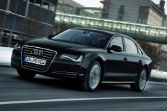 Audi-S8-42