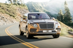 Bentley-Bentayga-PHEV-17