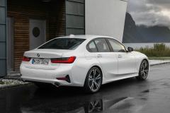 BMW-3-Series-11