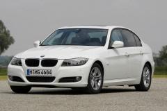 BMW-320-42