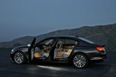 BMW-7-Series-29