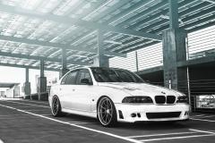 BMW-E39-M5-35
