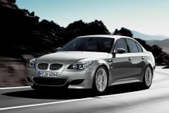 BMW-E60-M5-44