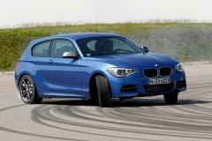 BMW-M135i-34