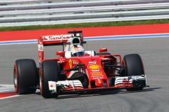 F1-Ferrari-4