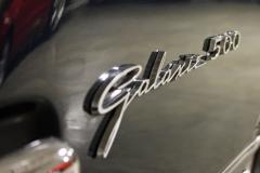 Ford-Galaxie-4