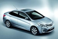 Hyundai-Verna-3