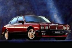 Jaguar-XJ6-10