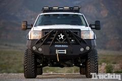 Lifted-GMC-Trucks-10