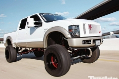 Lifted-GMC-Trucks-3