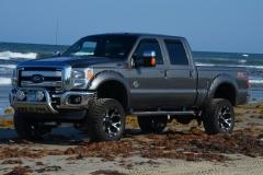 Lifted-GMC-Trucks-7