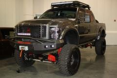 Lifted-GMC-Trucks-8