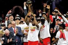 Toronto-Raptors-NBA-22
