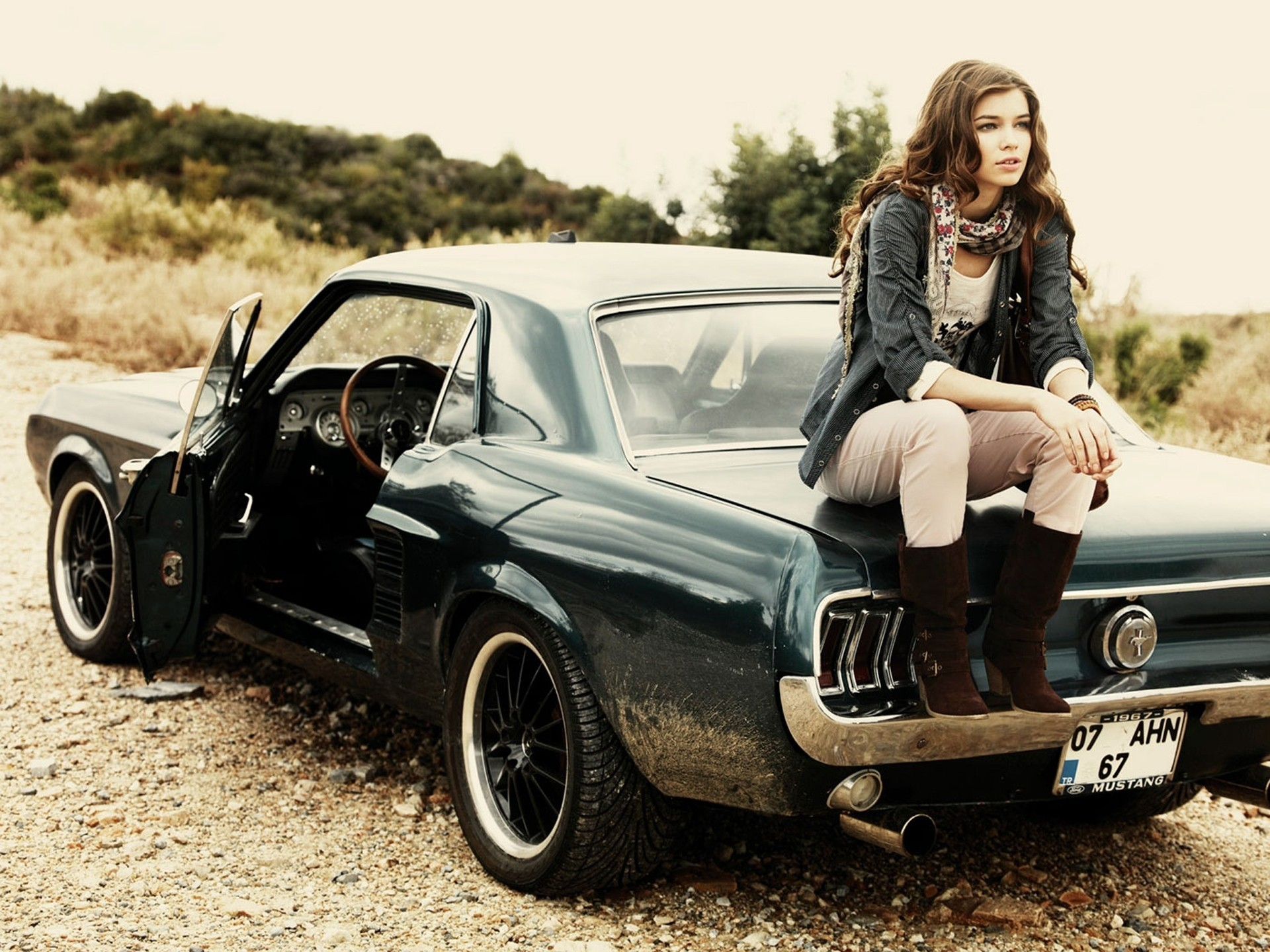 Girls And Muscle Cars Wallpaper Backgrounds Photos Images Pictures Yl Computing